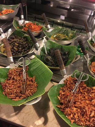Foto 3 - Makanan di Alas Daun oleh Isabella Chandra