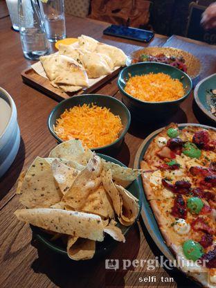 Foto 10 - Makanan di Gunpowder Kitchen & Bar oleh Selfi Tan