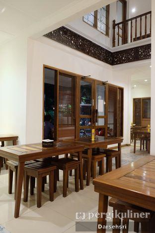 Foto 4 - Interior di Gudeg Sagan oleh Darsehsri Handayani
