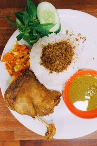 Foto 1 - Makanan di Warung Bu Kris oleh Indra Mulia