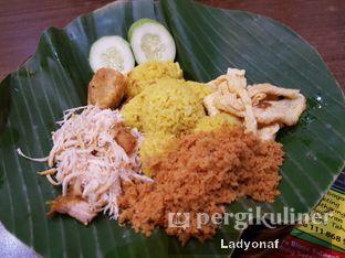 Foto 2 - Makanan di Nasi Kuning Plus - Plus oleh Ladyonaf @placetogoandeat