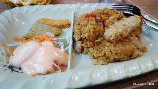 Foto 1 - Makanan(Yakimeshi Crispy Ebi Tempura) di Gokana oleh 08_points