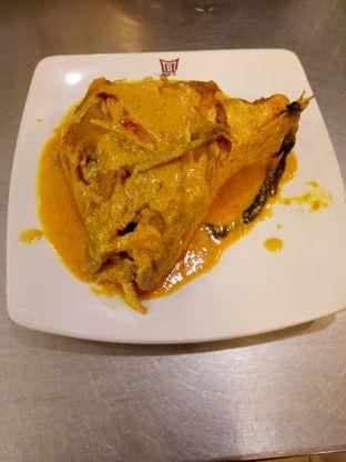 Foto review Bhinneka Padang Restaurant oleh ellyruslan78_gmail_com 1