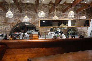 Foto 9 - Interior di Lumine Cafe oleh yudistira ishak abrar
