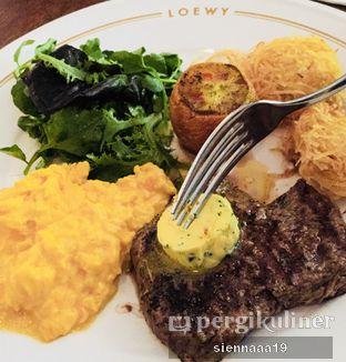 Foto 2 - Makanan(steak frites) di Loewy oleh Sienna Paramitha