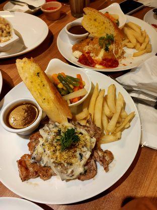 Foto - Makanan di B'Steak Grill & Pancake oleh Ramli Ahim