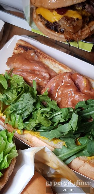 Foto review Lucy Beer & Burger Bar oleh @teddyzelig  5