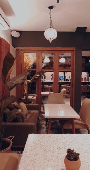 Foto 9 - Interior di Hasea Eatery oleh Naomi Suryabudhi