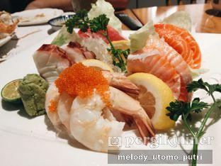 Foto 1 - Makanan(Assorted Sashimi) di Izakaya Kai oleh Melody Utomo Putri