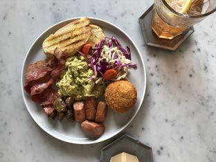 Foto 1 - Makanan di Coarse & Fine Coffee oleh Mitha Komala