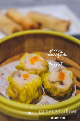 Foto 2 - Makanan(Siew Mai Babi) di Lamian Palace oleh Irene Stefannie @_irenefanderland
