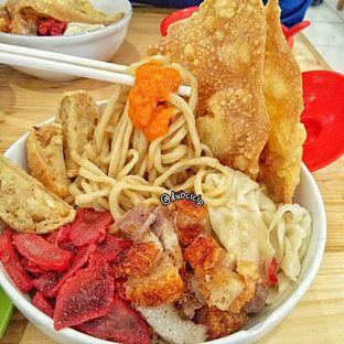 Foto 4 - Makanan di Bakmi Pangsit Palu oleh felita [@duocicip]