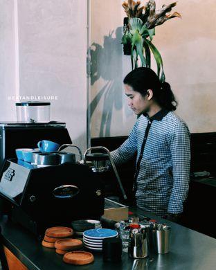 Foto 3 - Interior di Makmur Jaya Coffee Roaster oleh Eat and Leisure
