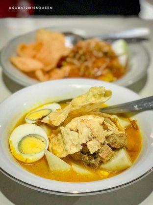 Foto - Makanan di Kupat Tahu & Lontong Kari Cicendo oleh Olivia Olen