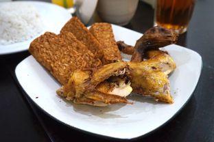 Foto 3 - Makanan di Ayam Goreng Berkah oleh Prido ZH