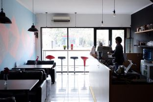 Foto 17 - Interior di Better Nature Coffee oleh yudistira ishak abrar