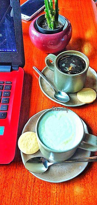 Foto 40 - Makanan di Convivium oleh duocicip