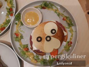 Foto 2 - Makanan di Boogie Doggie Pet Cafe oleh Ladyonaf @placetogoandeat