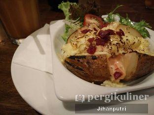 Foto review Royale Bakery Cafe oleh Jihan Rahayu Putri 2