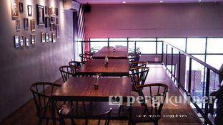 Foto 2 - Interior di Stribe Kitchen & Coffee oleh Oppa Kuliner (@oppakuliner)