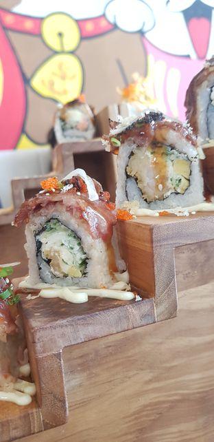 Foto - Makanan di Housaku Sushi & Bento oleh Angeline Odilia