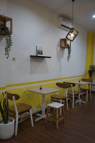 Foto 12 - Interior di Koma Cafe oleh yudistira ishak abrar