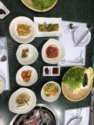 Foto 1 - Makanan di Baik Su Korean Restaurant oleh @yoliechan_lie