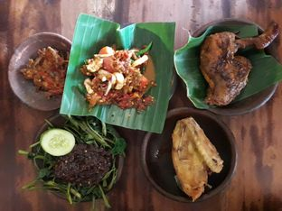 Foto - Makanan di Waroeng SS oleh Ken @bigtummy_culinary