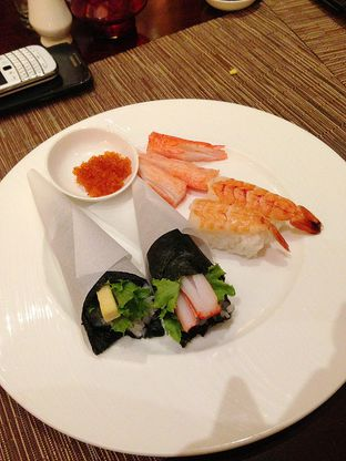 Foto 5 - Makanan di The Cafe - Hotel Mulia oleh Mitha Komala