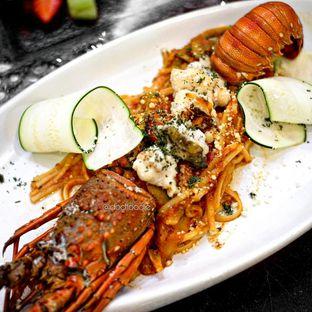 Foto 1 - Makanan di AW Kitchen oleh Doctor Foodie