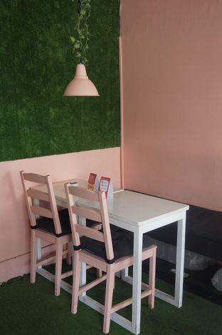 Foto 6 - Interior di Mimo Cooks & Coffee oleh yudistira ishak abrar