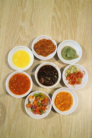 Foto 5 - Makanan di Rezeki Seafood oleh feedthecat