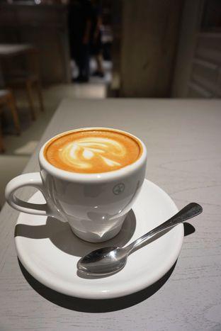 Foto 20 - Makanan di 1/15 One Fifteenth Coffee oleh Prido ZH