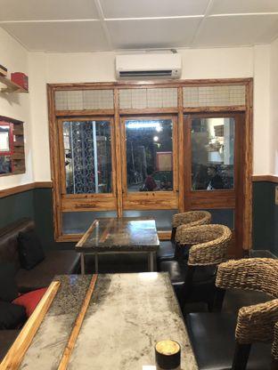 Foto 2 - Interior di Satu Pintu oleh @qluvfood