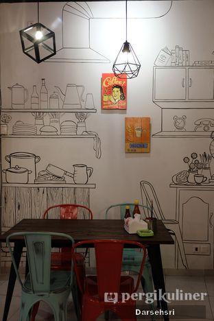 Foto 5 - Interior di Double U Steak by Chef Widhi oleh Darsehsri Handayani
