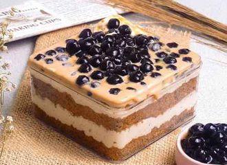 Kenalan dengan Dessert Box yang Viral Dimana-mana Yuk!