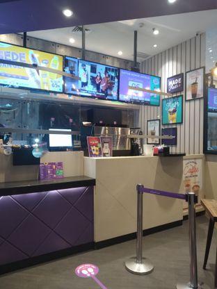 Foto 6 - Interior di Chatime oleh deasy foodie