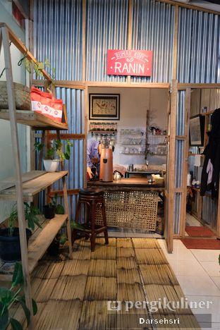 Foto 8 - Interior di Ta-Kol Greenery Resto oleh Darsehsri Handayani