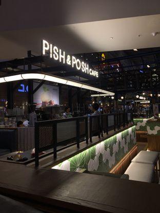Foto 9 - Interior di Pish & Posh Cafe oleh Jeljel