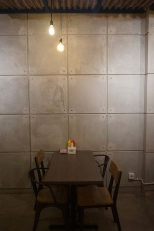 Foto review Kedai Roti Bule oleh Prido ZH 35