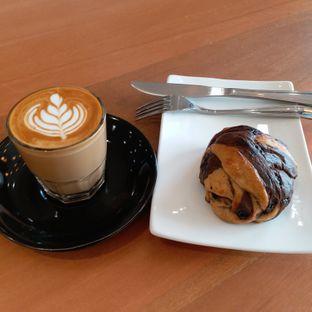 Foto 1 - Makanan(Coffee n bread) di Carla Living oleh Kuliner Limited Edition