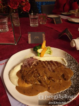 Foto 5 - Makanan(Ribeye Steak) di Oso Ristorante Indonesia oleh JC Wen
