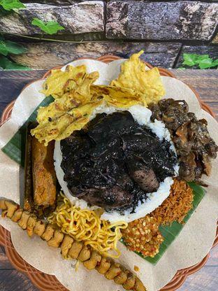 Foto review Nasi Cumi Hitam Madura Pak Kris oleh Yohanacandra (@kulinerkapandiet) 7