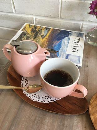Foto review The Pink Door Tea Room oleh Prido ZH 36