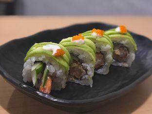 Foto 3 - Makanan(Dragon Roll) di OTW Sushi oleh Fadhlur Rohman