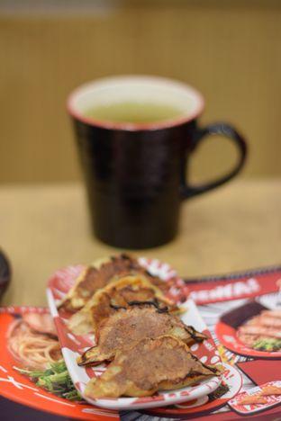 Foto 2 - Makanan(Gyoza Bakar) di RamenYA oleh Dian
