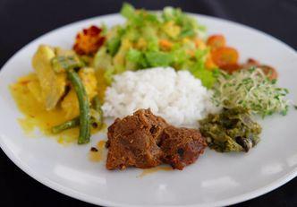 Foto Makanan di Lobby Lounge - Swiss Belhotel Serpong