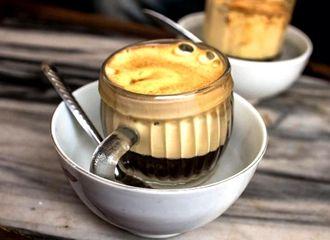 Kenalan dengan Egg Coffee yang Jadi Minuman Kopi Khas Vietnam
