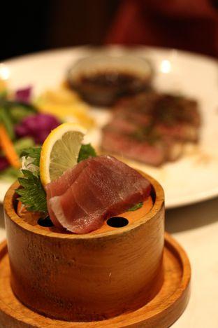 Foto 7 - Makanan di Kura Sushi oleh thehandsofcuisine