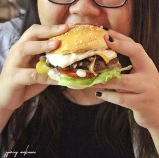 Foto 1 - Makanan di Bruces Burgers oleh Ika  Agustin